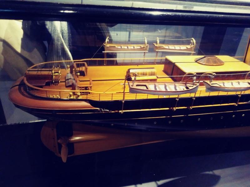 vascello 1760 da 76 cannonni - cartomodello 1/50 autocostruito 20200110