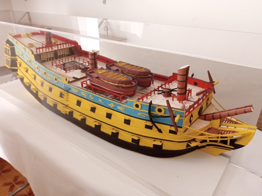 vascello 1760 da 76 cannonni - cartomodello 1/50 autocostruito - Pagina 4 Img_2140