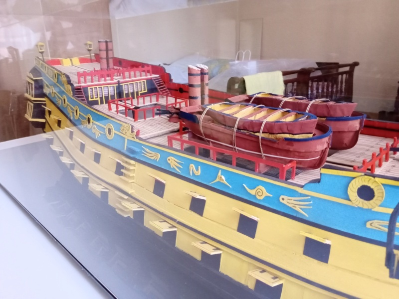 vascello 1760 da 76 cannonni - cartomodello 1/50 autocostruito - Pagina 4 Img_2264