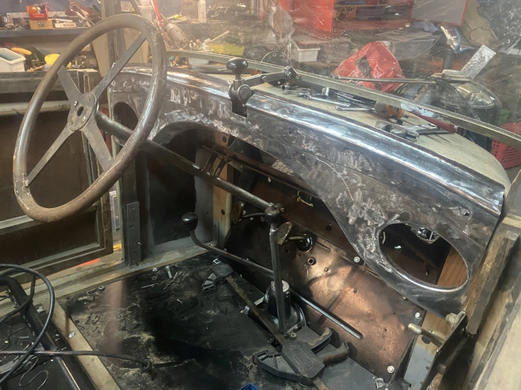 Restauration de la 201 Cabriolet de Tibo - Page 10 1f8a0310