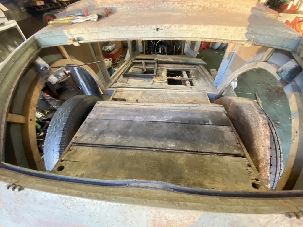 Restauration de la 201 Cabriolet de Tibo - Page 8 7abe8410