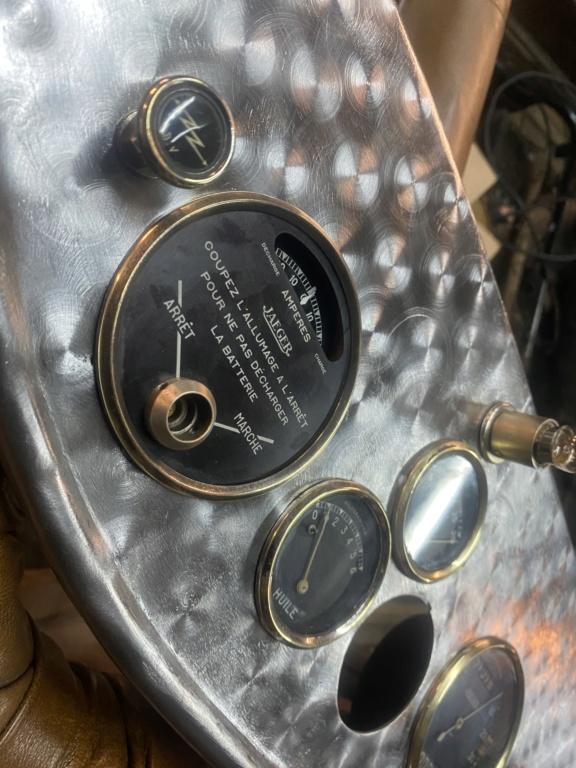 Restauration de la 201 Cabriolet de Tibo - Page 10 F9abf810
