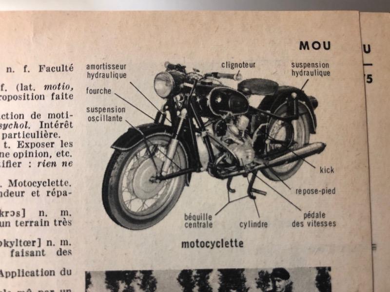Dictionnaires et motos Img_5221