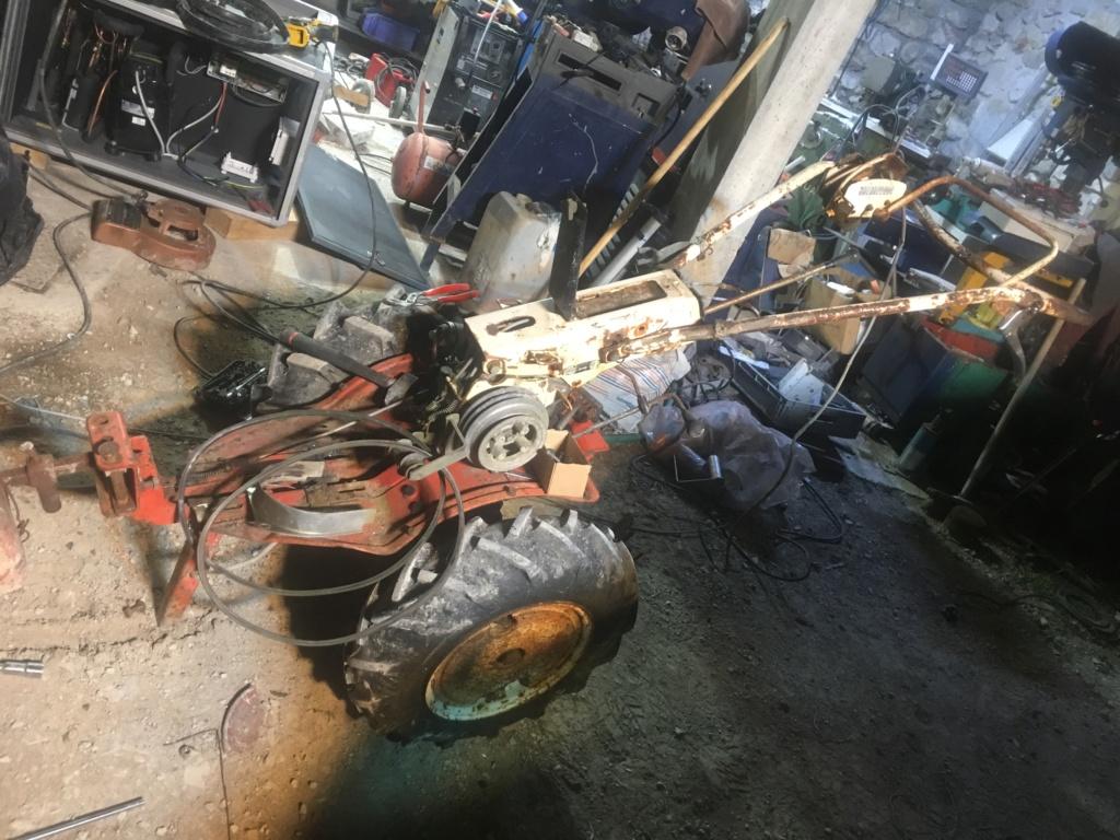 restauration - Restauration solo ihi 550 ( choix moteur??) 5bb38e10