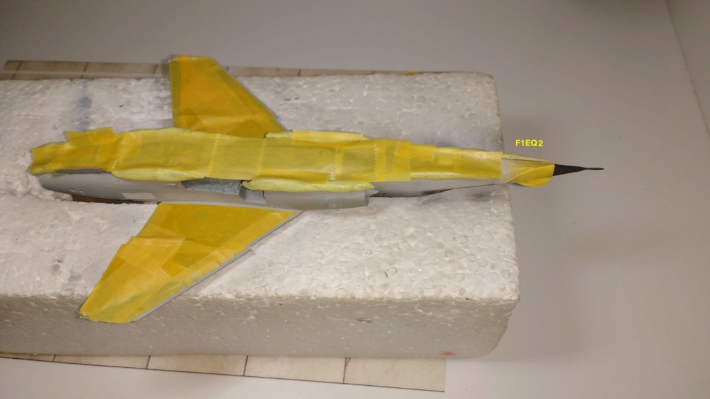 Mirage F1EQ Irak [Special Hobby 1/72] - Page 3 Img_2060