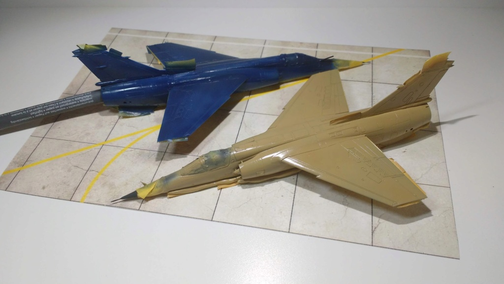 Mirage F1EQ Irak [Special Hobby 1/72] - Page 3 Img_2061