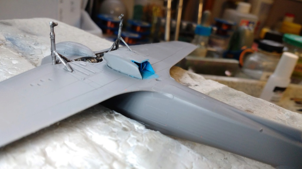 "Hurricane Mk I metal wing ""ALSACE"" [ARMA HOBBY 1/72]  - Page 2 Img_2171"