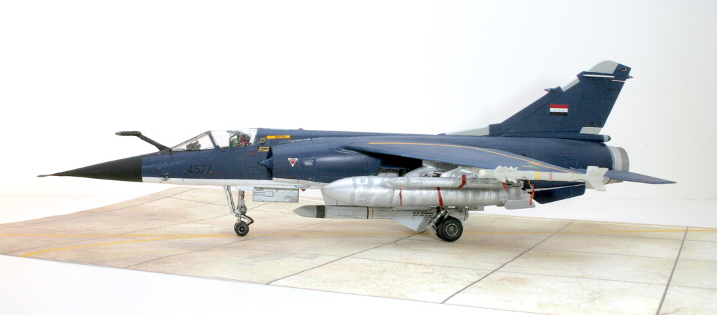 Mirage F1EQ Irak [Special Hobby 1/72] - Page 3 Img_7810