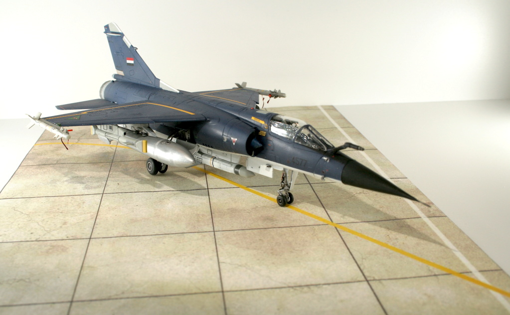 Mirage F1EQ Irak [Special Hobby 1/72] - Page 3 Img_7811