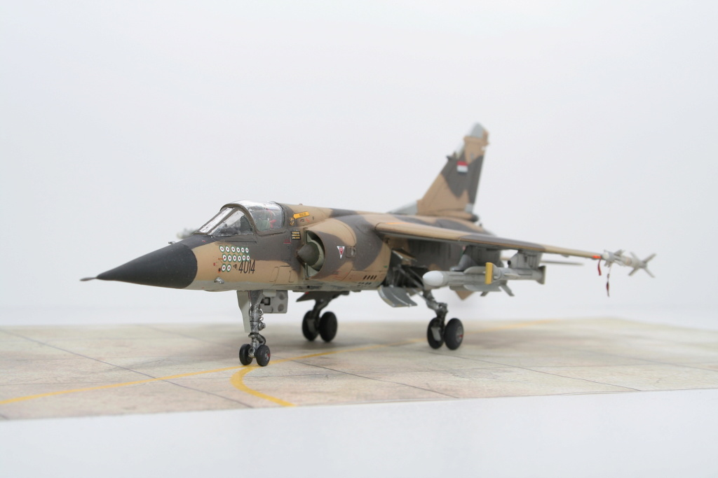 Mirage F1EQ Irak [Special Hobby 1/72] - Page 4 Img_7912