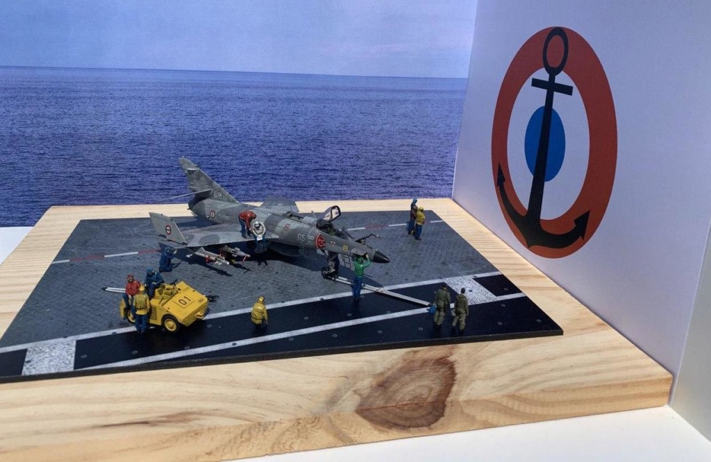 [HELLER] Super Etendard Modernisé 1/72 avec kit ARMYCAST Photo170