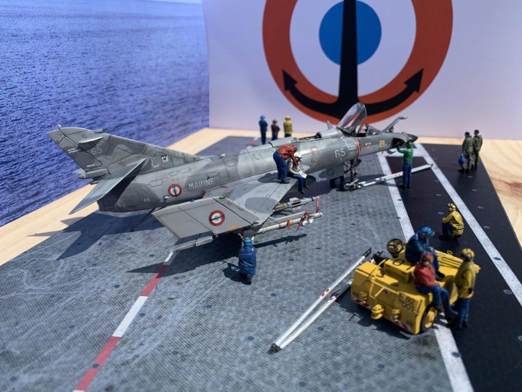 [HELLER] Super Etendard Modernisé 1/72 avec kit ARMYCAST Photo173