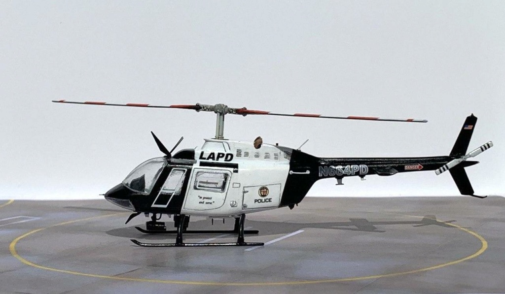 Bell 206 Jet Ranger - Los Angeles Police - Italeri 1/72 Photo202
