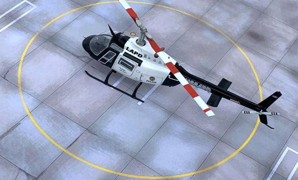 Bell 206 Jet Ranger - Los Angeles Police - Italeri 1/72 Photo203