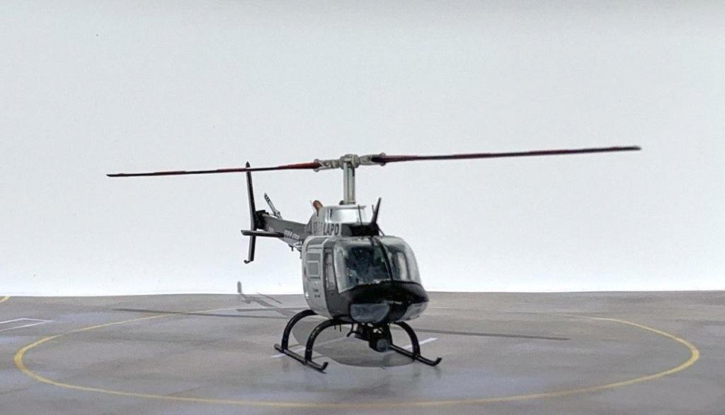 Bell 206 Jet Ranger - Los Angeles Police - Italeri 1/72 Photo214