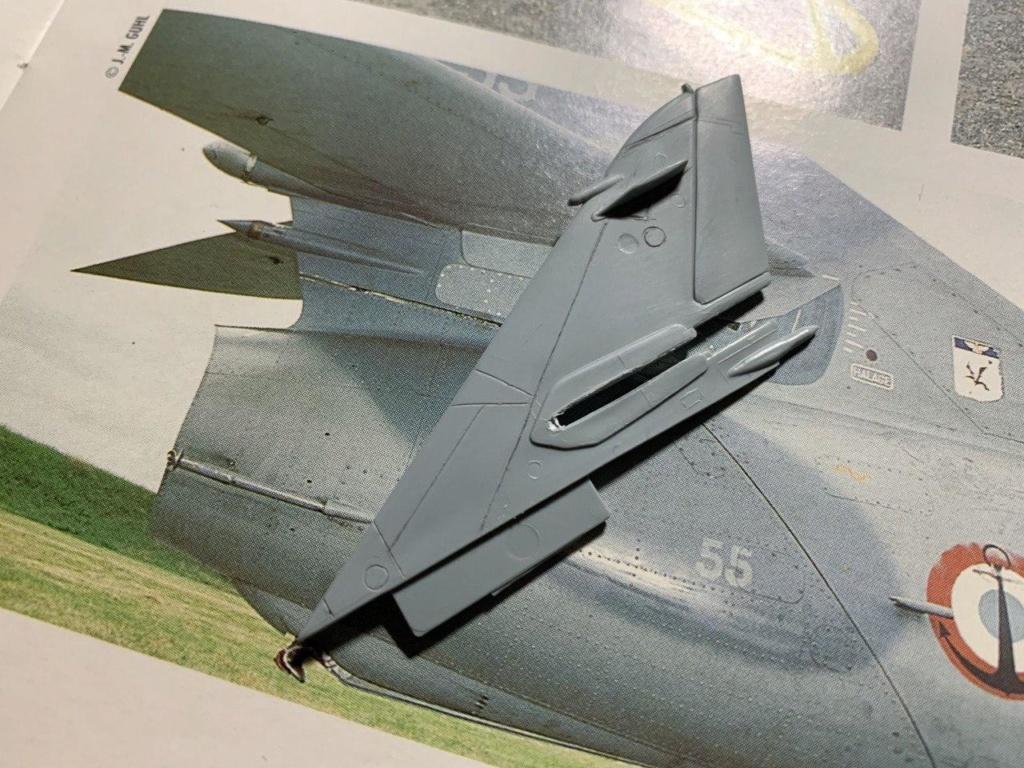 [HELLER] Super Etendard Modernisé 1/72 avec kit ARMYCAST Photo_30