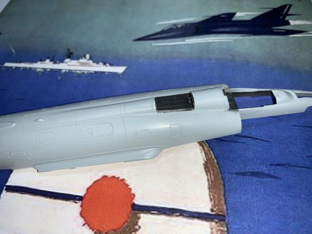 [HELLER] Super Etendard Modernisé 1/72 avec kit ARMYCAST Photo_56