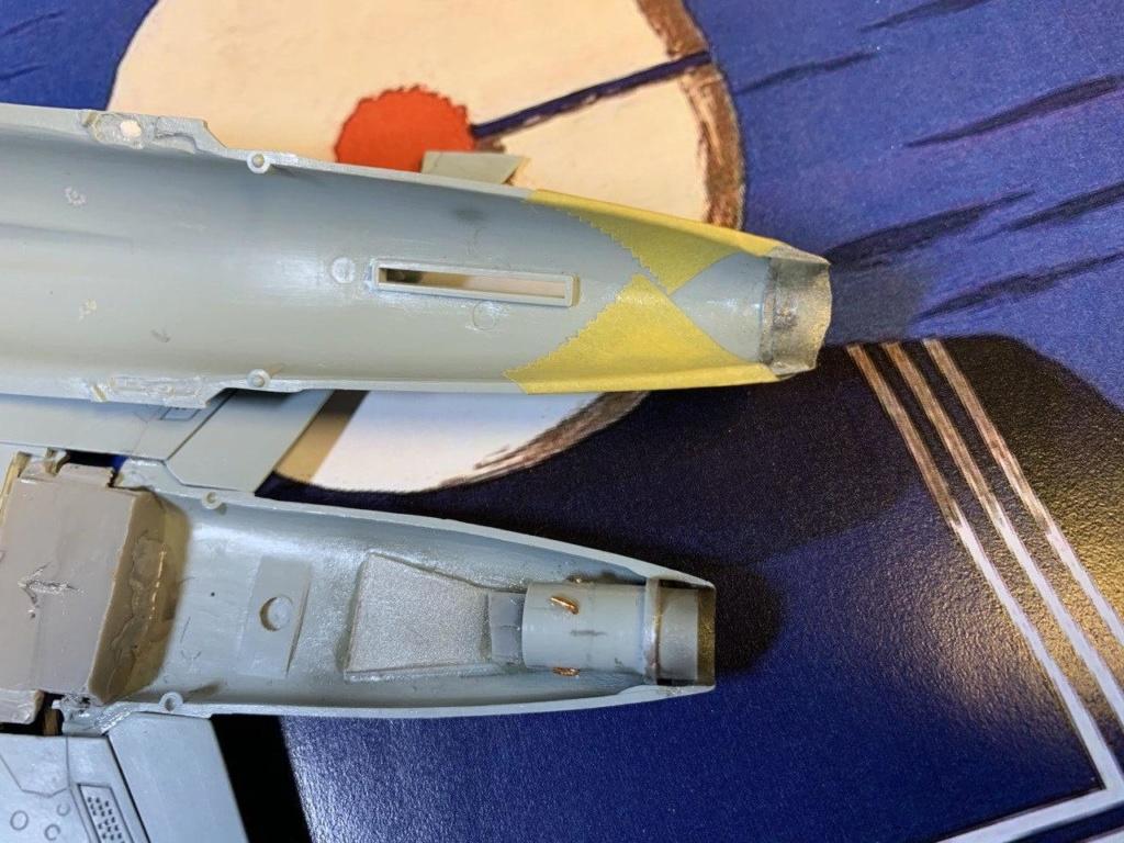 [HELLER] Super Etendard Modernisé 1/72 avec kit ARMYCAST - Page 2 Photo_79