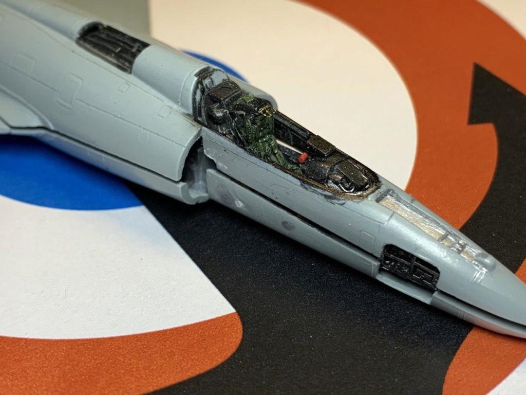 [HELLER] Super Etendard Modernisé 1/72 avec kit ARMYCAST - Page 2 Photo_86