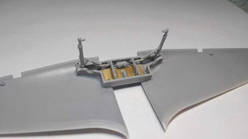 "Hurricane Mk I metal wing ""ALSACE"" [ARMA HOBBY 1/72]  Zotape13"