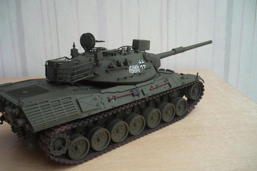 chars léopard au 1/35 Dscf8633