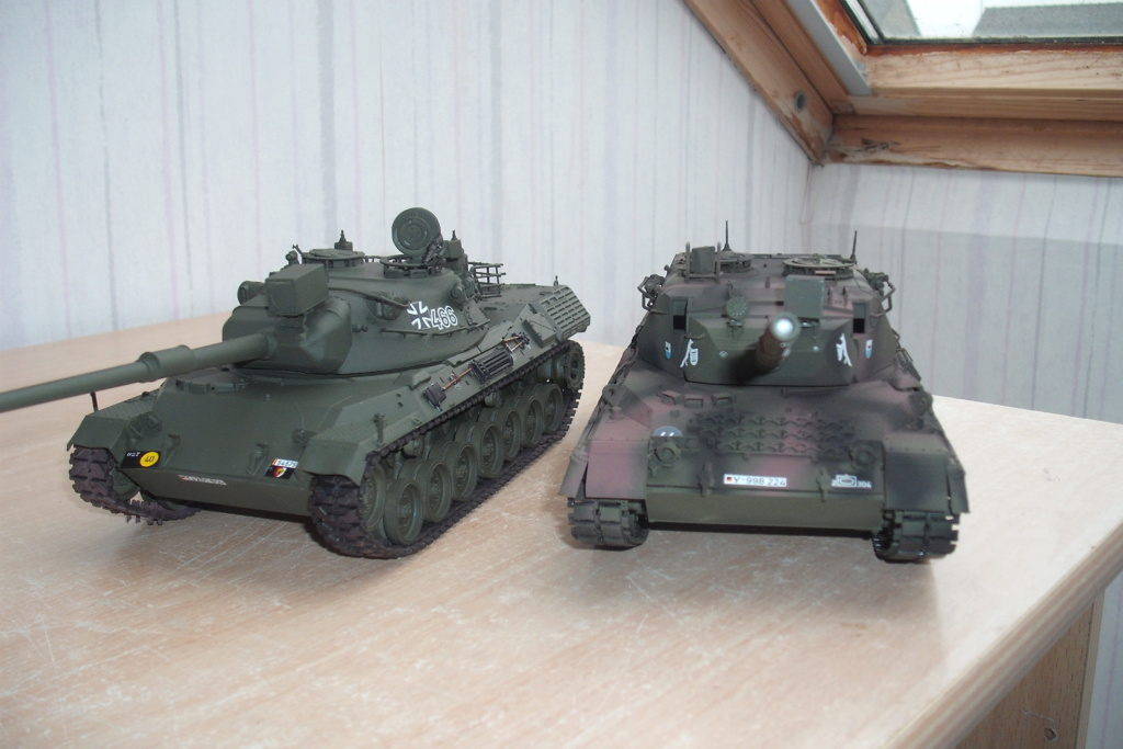 chars léopard au 1/35 Dscf8634