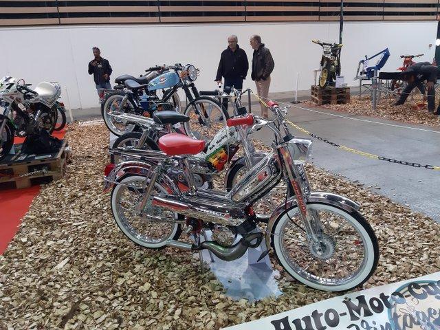 salon moto lyon 16-20110