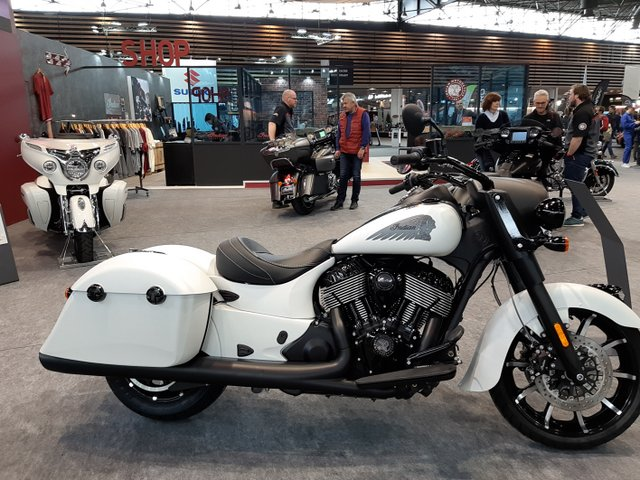 salon moto lyon 22-20110