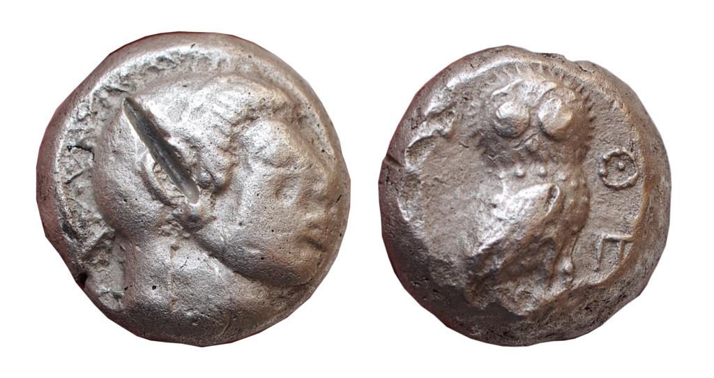 Les monnaies grecques de Brennos - Page 3 Ath310