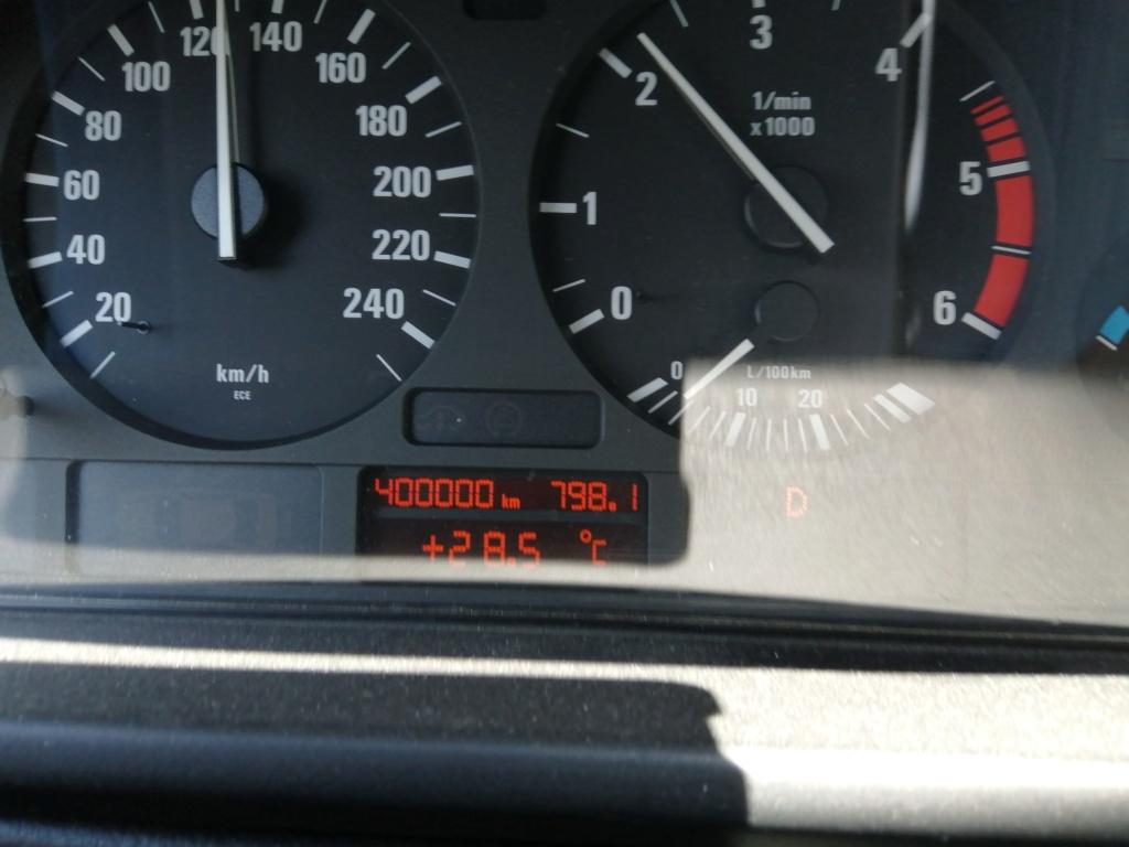 [e39 530d touring ]  Passé les 400.000 km 400_0010