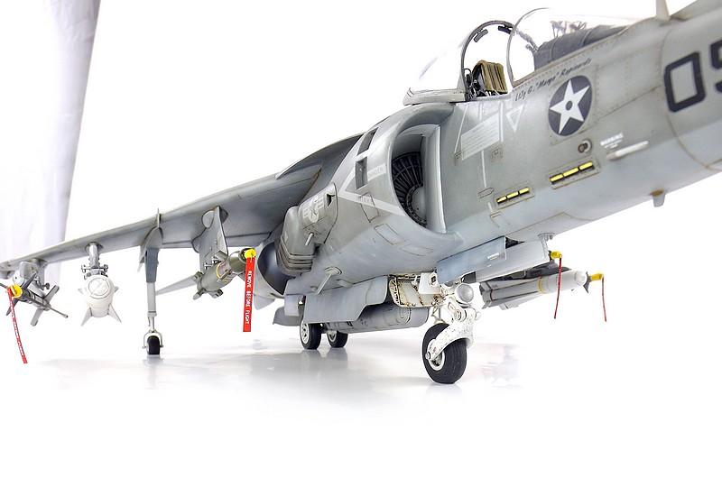 [Concours Aéronavale] AV-8B Harrier II plus - Trumpeter - 1/32 Av-8b711