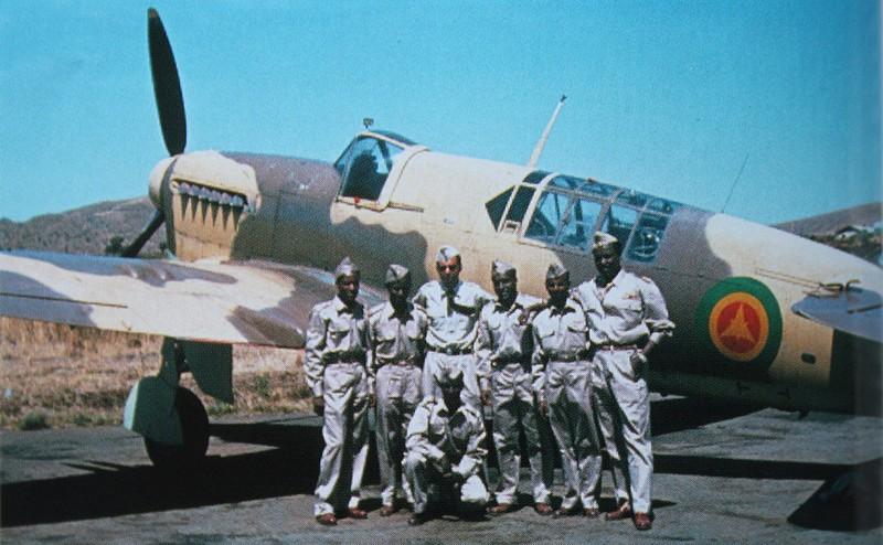 Recherche décals Ethiopian air force pour Fairey Firefly 1/48 Fairey10