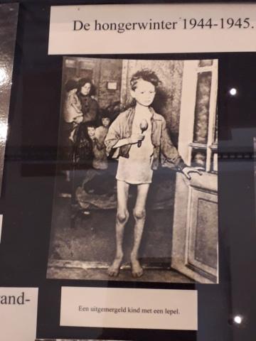 Le musée de la WWII à Dordrecht aux Pays Bas Muszoe26