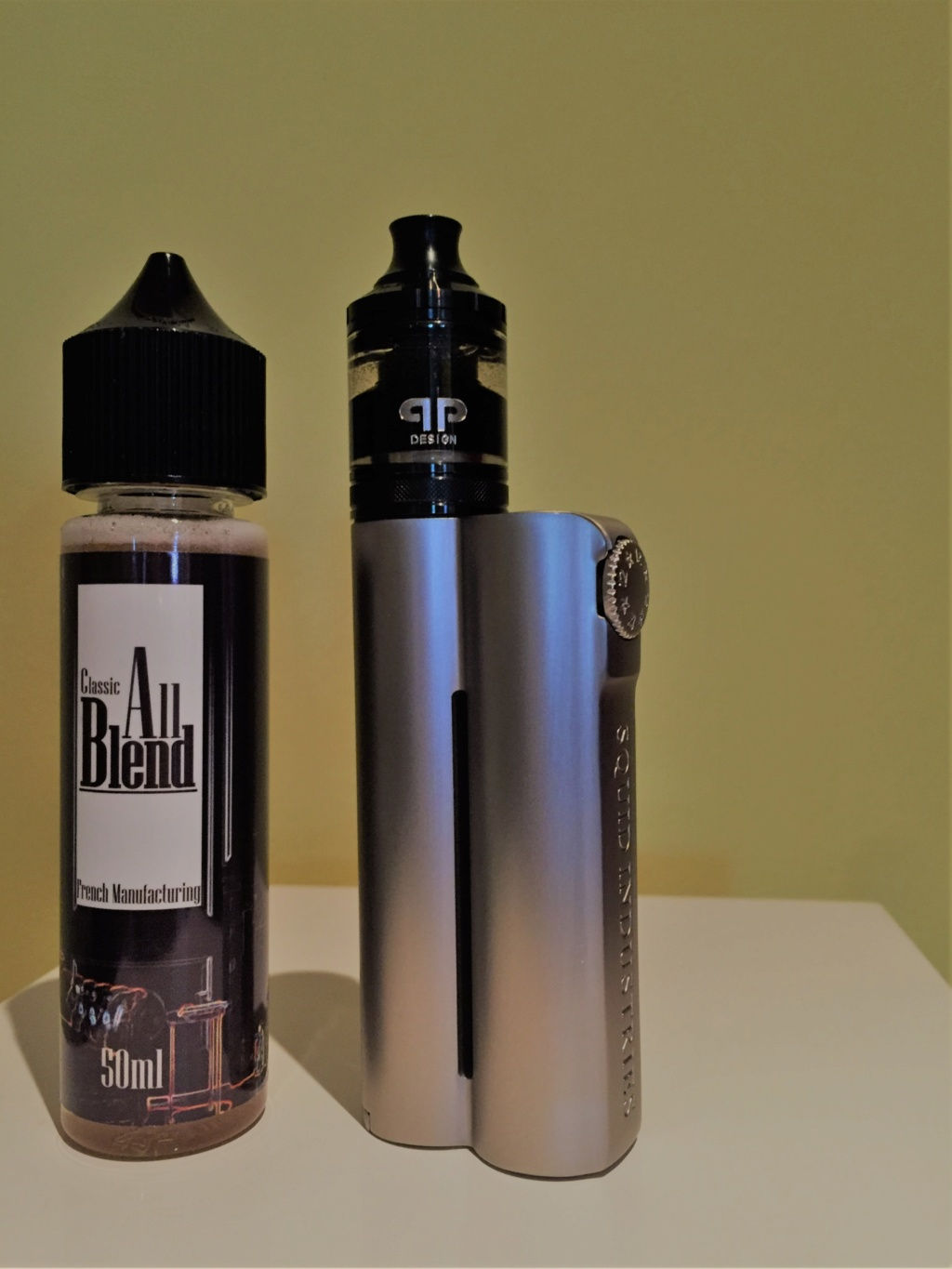 Une Box sans fioriture : Double Barrel v2.1 de Squid Industries All_bl10