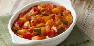 Mes recettes: Plats principaux légumes et féculents  Ratato10