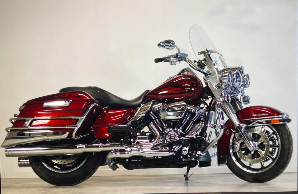 Road King uniquement, combien sur Passion-Harley  - Page 30 Iast8611