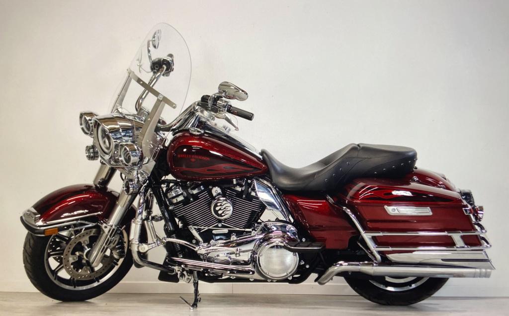 Road King uniquement, combien sur Passion-Harley  - Page 30 Img_5210