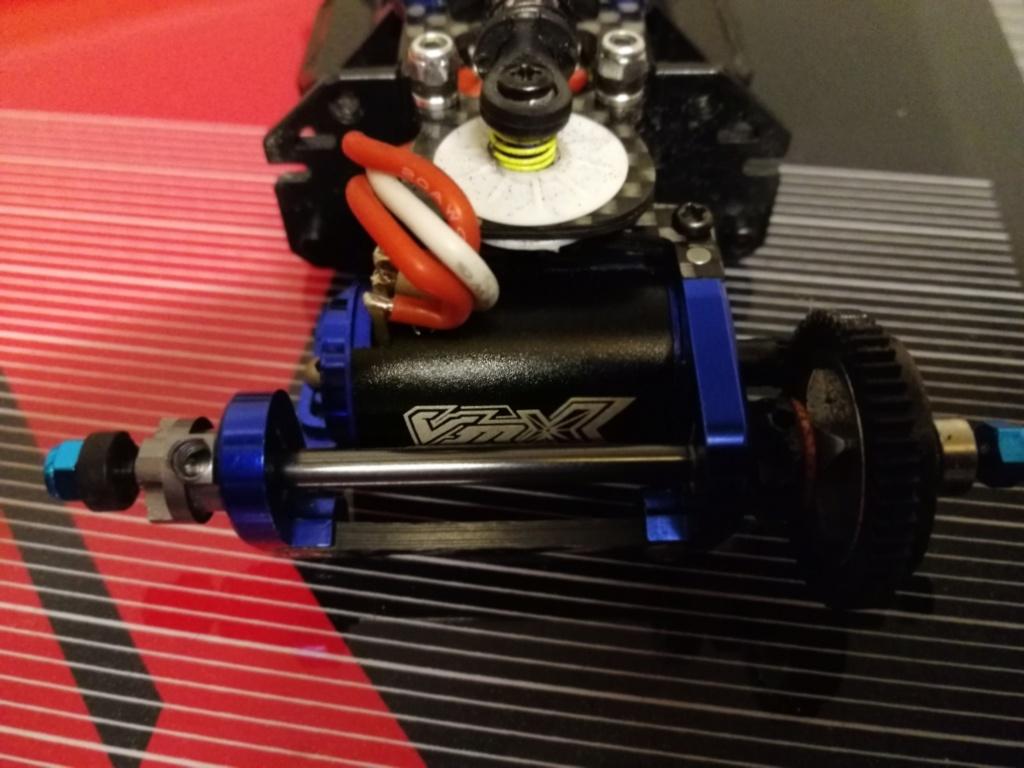 VENDU - MR03 VE avec carro NIssan R390 Img_2013