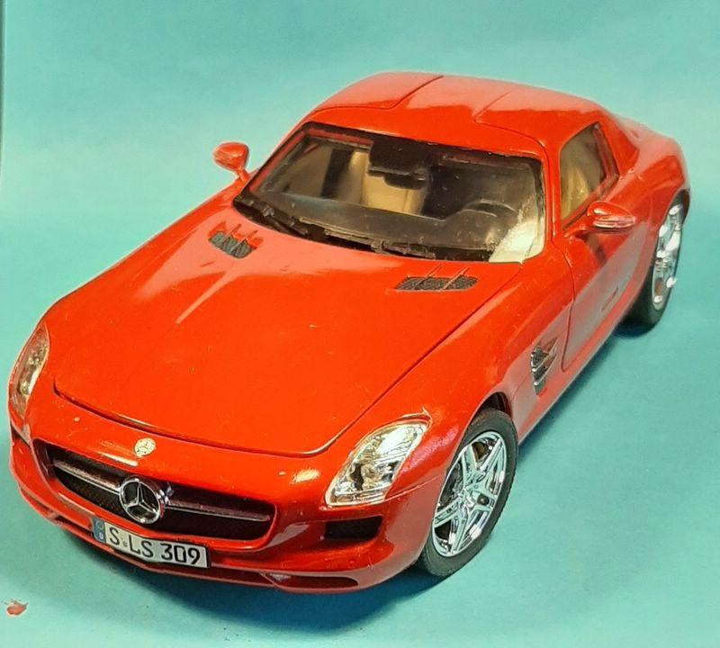 Mercedes-Benz SLS AMG, Revell, 1/24 (07100) Comp1605