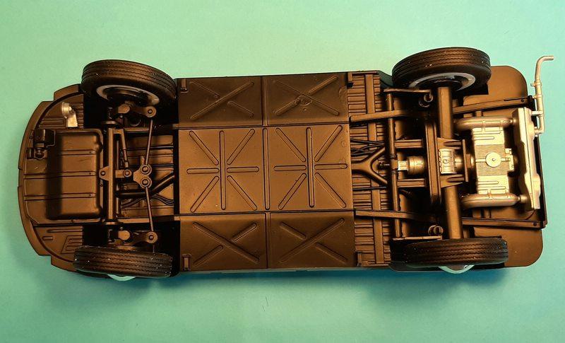 "Volkswagen T1 ""Samba Bus"" 1/24 Revell (07399) Comp1677"
