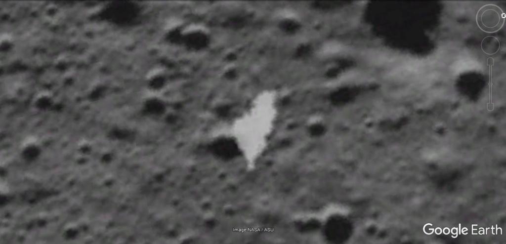 Sur la lune [Google Sky] 6f60cd13