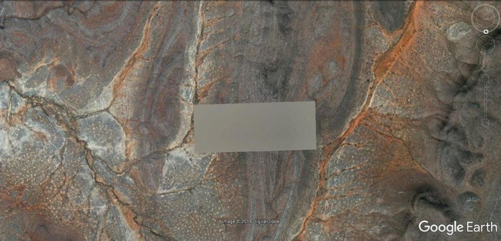 un rectangle au sol  Ljhv30