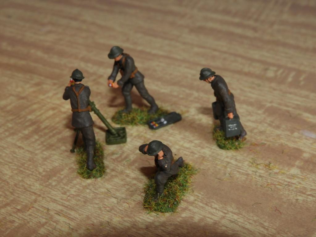 Artilleurs et servants de mortiers au 1/72 Dscn1421
