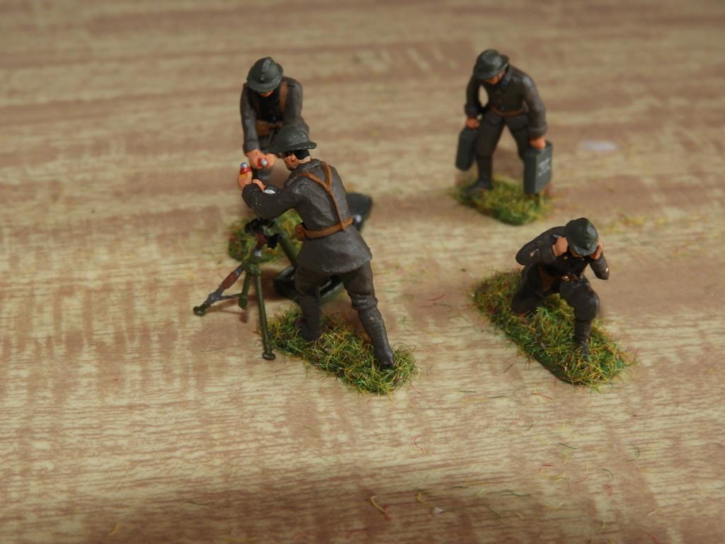 Artilleurs et servants de mortiers au 1/72 Dscn1422