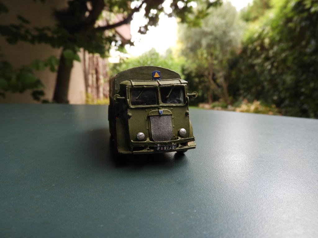 Canon de 75 CA, PC de tir et tracteur Berliet GDLS au 1/72 Dscn1719