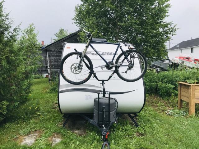 Support à vélo Lippert Jack it Img_3211