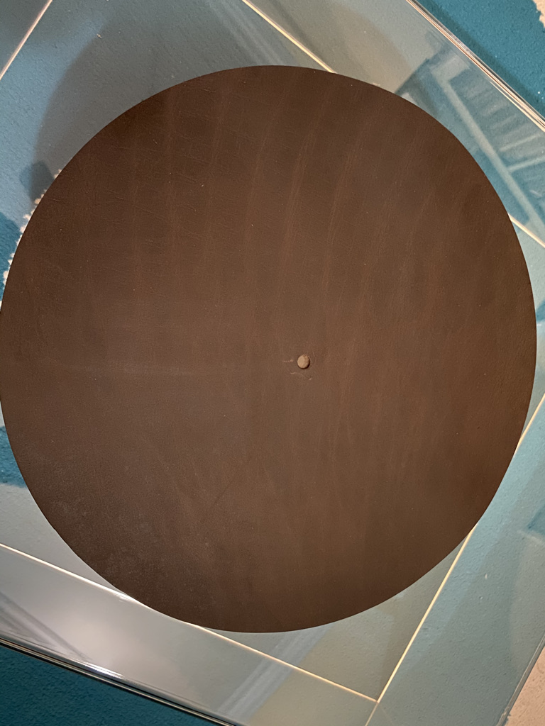 Leather Mat for turntable   47148010