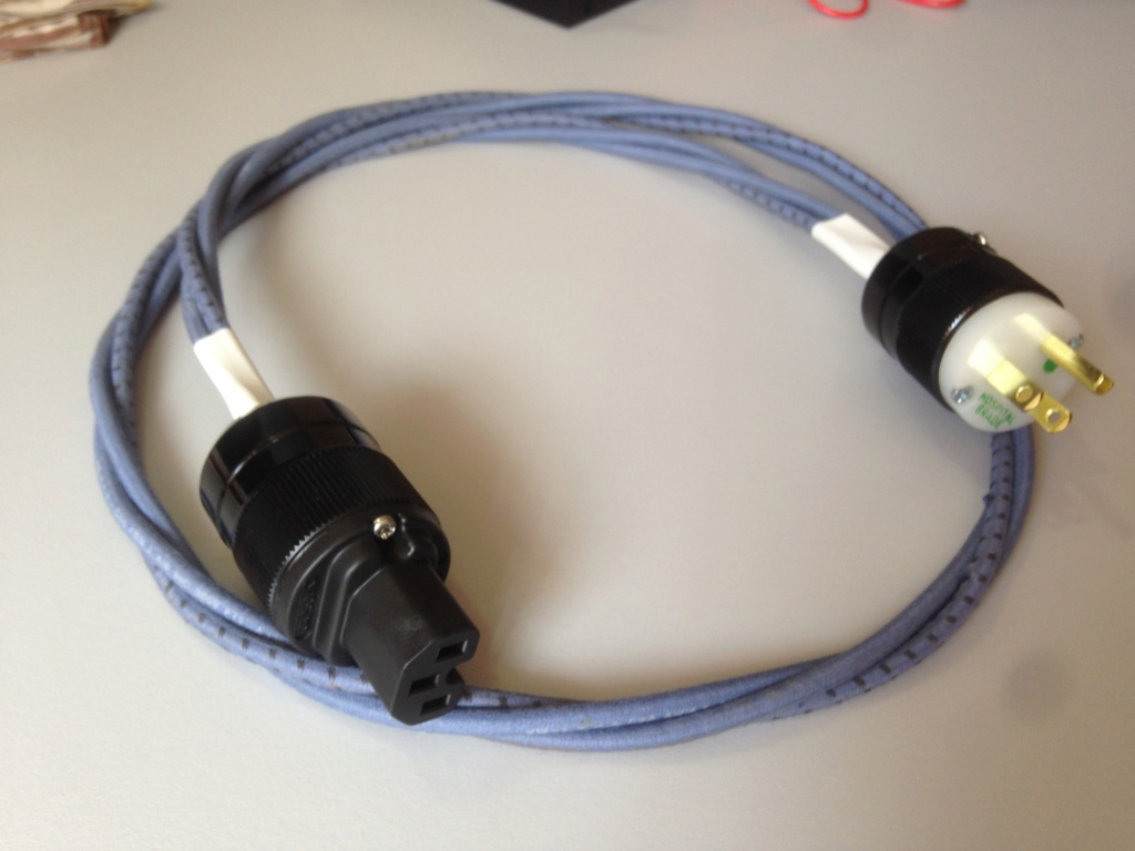Marinco US 3-Pin Plug and IEC Plug USA Brand New Img_6112
