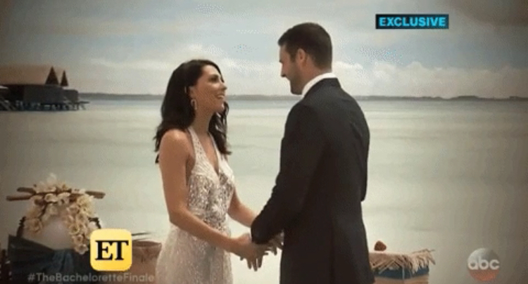 Bachelorette 14 - Becca Kufrin - Garrett Yrigoyen - Vids Media SM - FAN Forum - NO Discussion 2926e310