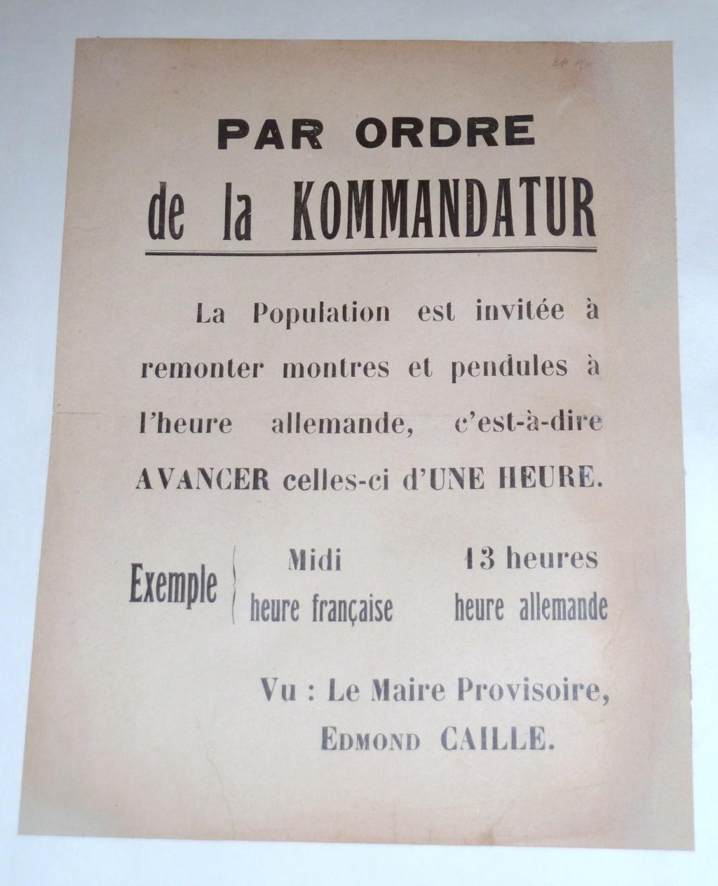 Il faut se mettre à l'Heure allemande ! Affiche de Cambrai 1940-1941 P1180616